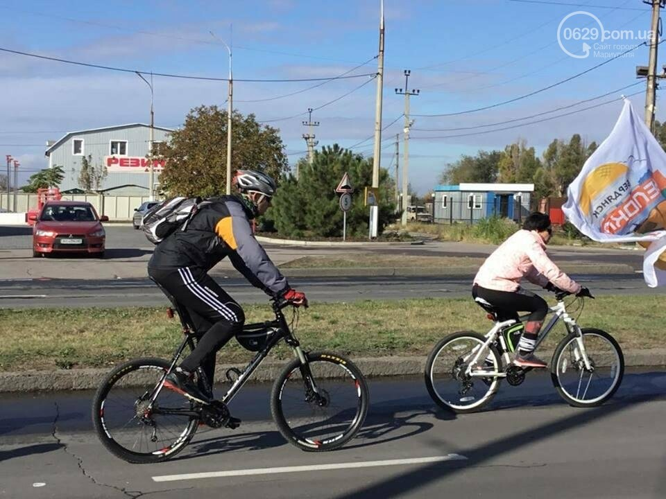 Закрытие сезона! Велолюбители и автомобилисты выясняли, кто главный на мариупольских дорогах (ФОТО), фото-1