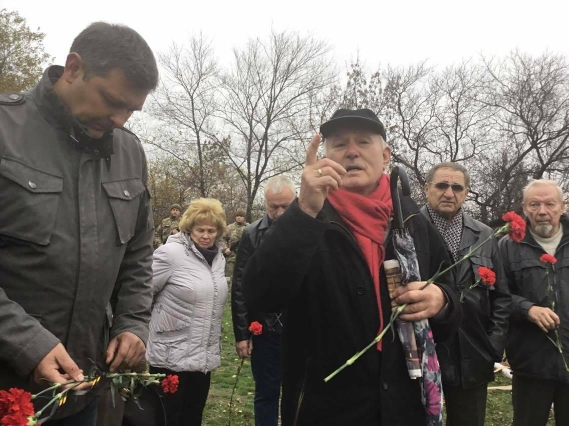 В Мариуполе перезахоронили останки советского воина, найденные на немецком кладбище (ФОТО, ВИДЕО), фото-9