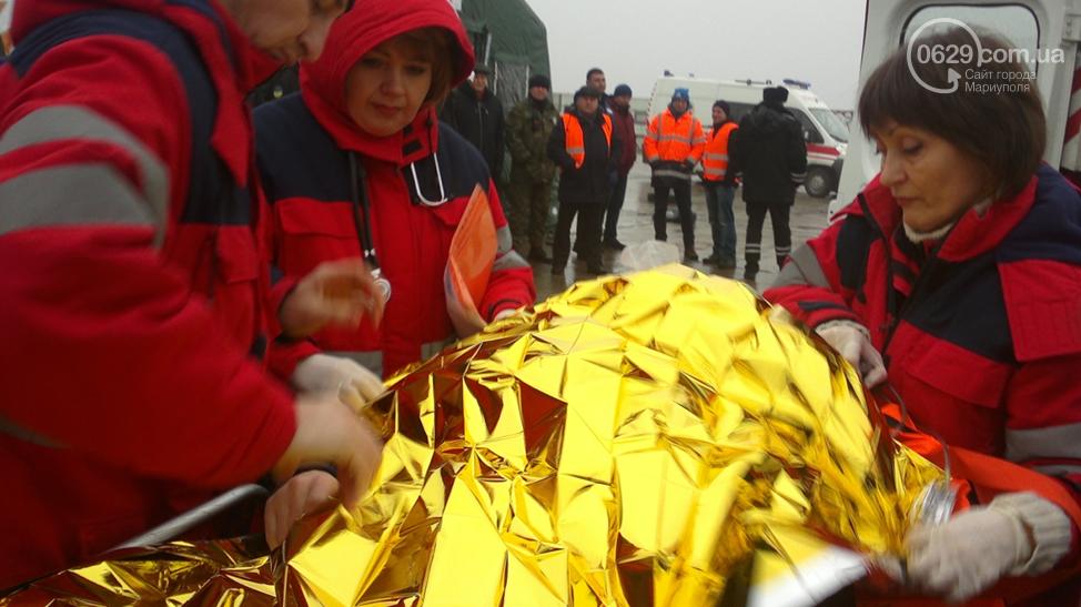 Мариупольские медики спасли 13 людей из снежных завалов (ФОТО), фото-4