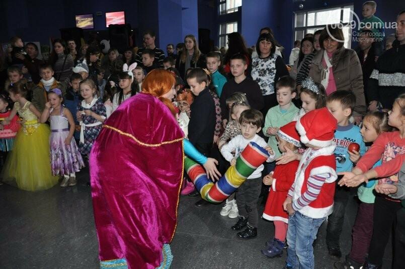 В «Савоне» маленькие мариупольцы получили подарки от Святого Николая и компании «Экоильичпродукт» и «УОПТ», фото-19
