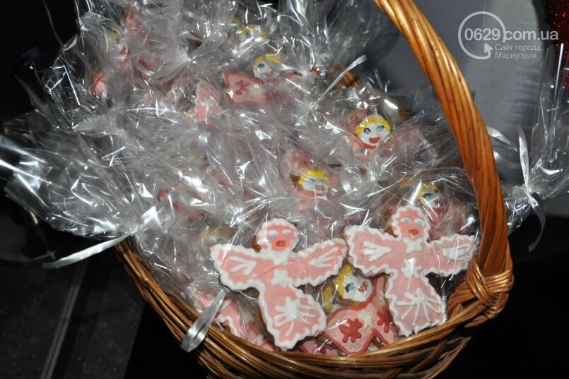 В «Савоне» маленькие мариупольцы получили подарки от Святого Николая и компании «Экоильичпродукт» и «УОПТ», фото-30