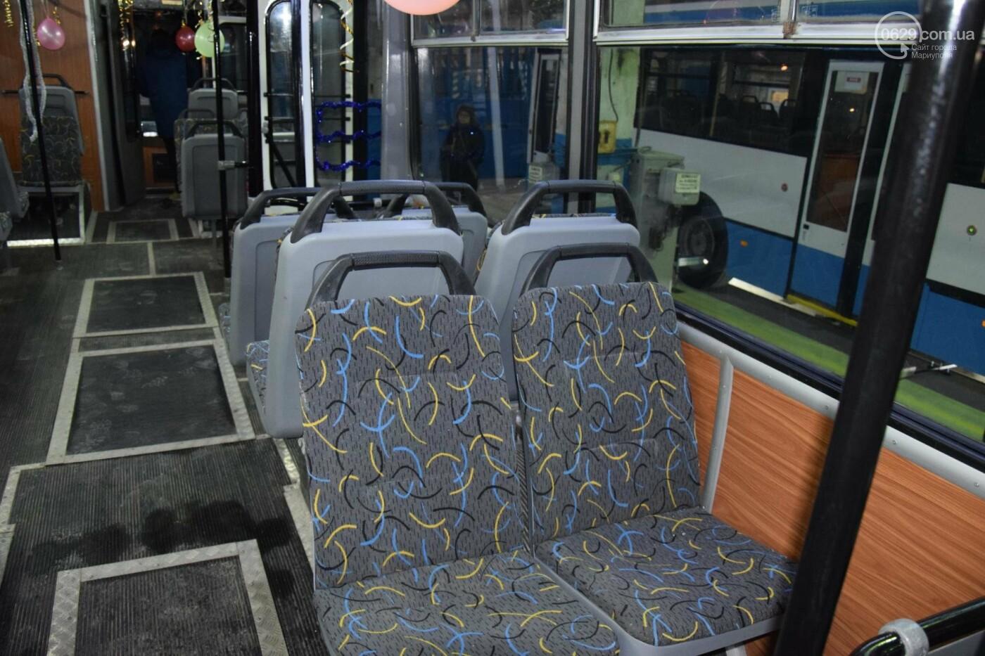 """В """"малярне будущего"""" реанимировали старый мариупольский троллейбус (ФОТО, ВИДЕО), фото-6"""