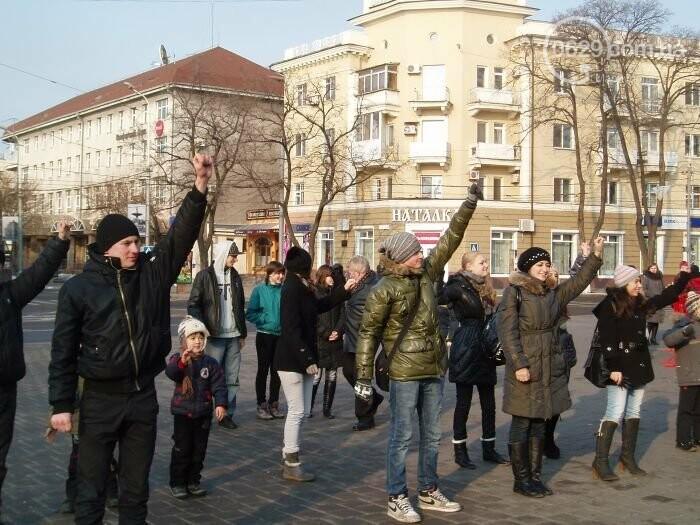 Защитники Мариуполя стали его «почетными гражданами» и новогодний флешмоб. О чем писал 0629.com.ua 3 января, фото-3