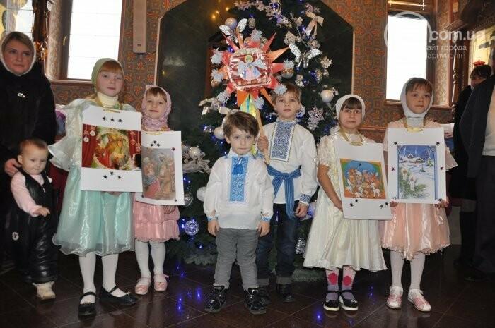 На Рождество в Свято-Покровском храме с. Боевое верующие соревновались в исполнении щедривок (Аэросъемка), фото-13