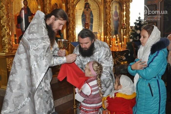 На Рождество в Свято-Покровском храме с. Боевое верующие соревновались в исполнении щедривок (Аэросъемка), фото-14