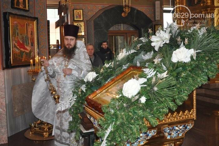 На Рождество в Свято-Покровском храме с. Боевое верующие соревновались в исполнении щедривок (Аэросъемка), фото-18