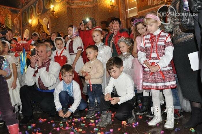 На Рождество в Свято-Покровском храме с. Боевое верующие соревновались в исполнении щедривок (Аэросъемка), фото-29