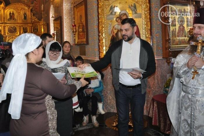 На Рождество в Свято-Покровском храме с. Боевое верующие соревновались в исполнении щедривок (Аэросъемка), фото-32