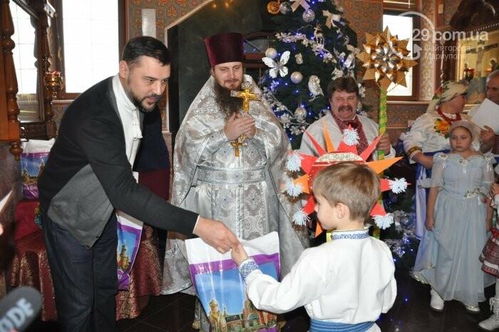 На Рождество в Свято-Покровском храме с. Боевое верующие соревновались в исполнении щедривок (Аэросъемка), фото-34