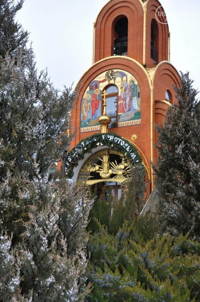 На Рождество в Свято-Покровском храме с. Боевое верующие соревновались в исполнении щедривок (Аэросъемка), фото-38