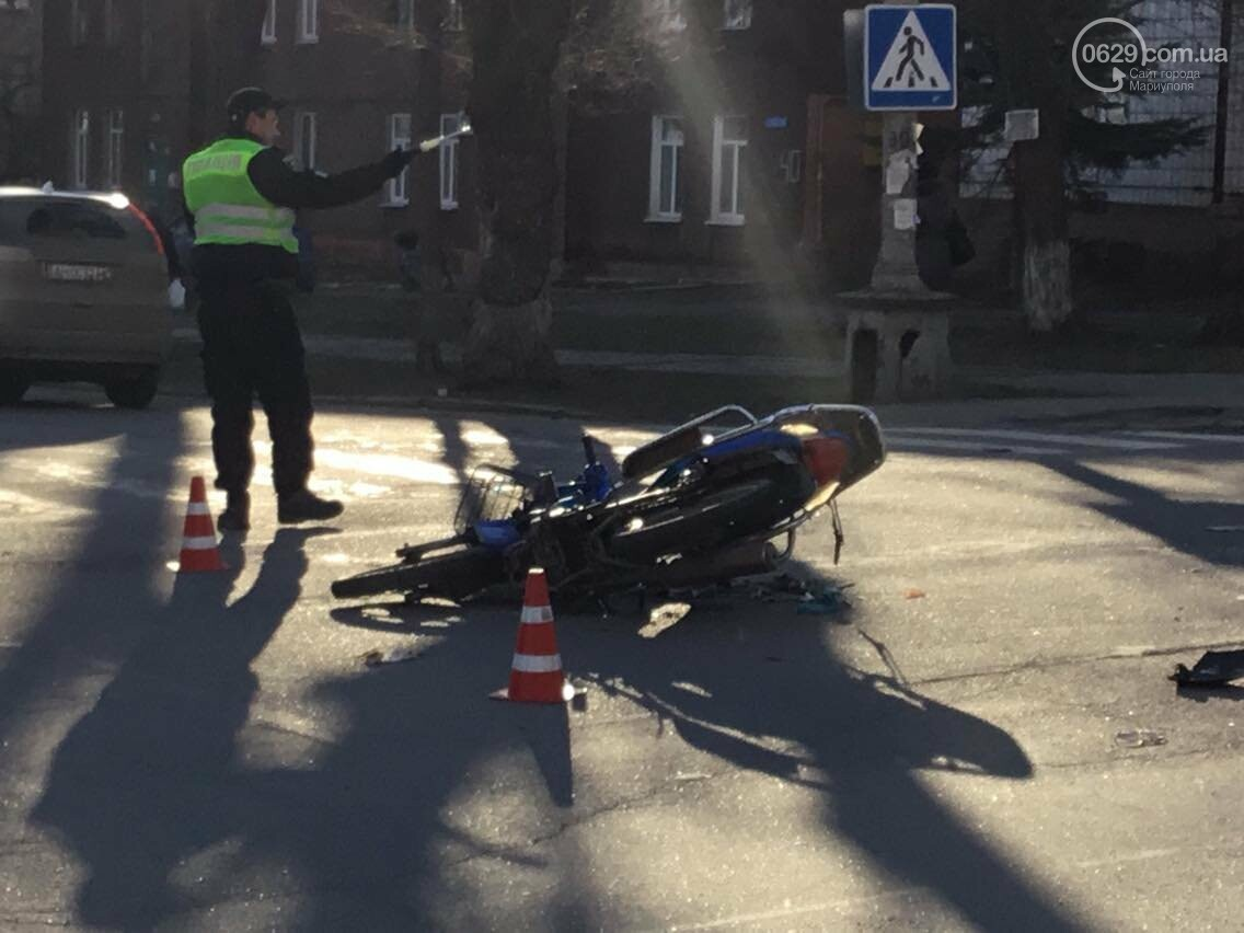 В Мариуполе в аварии пострадал  скутерист (ФОТО) , фото-4