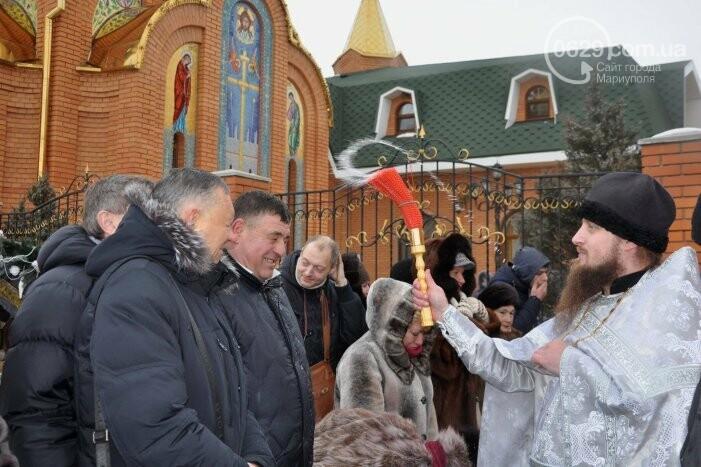 В Боевом 10 тысяч верующих с размахом отметили Крещение Господне (ФОТО, ВИДЕО), фото-13