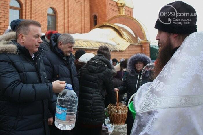 В Боевом 10 тысяч верующих с размахом отметили Крещение Господне (ФОТО, ВИДЕО), фото-14
