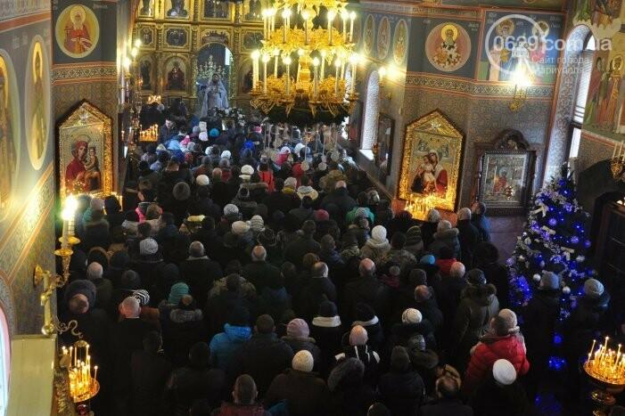 В Боевом 10 тысяч верующих с размахом отметили Крещение Господне (ФОТО, ВИДЕО), фото-5