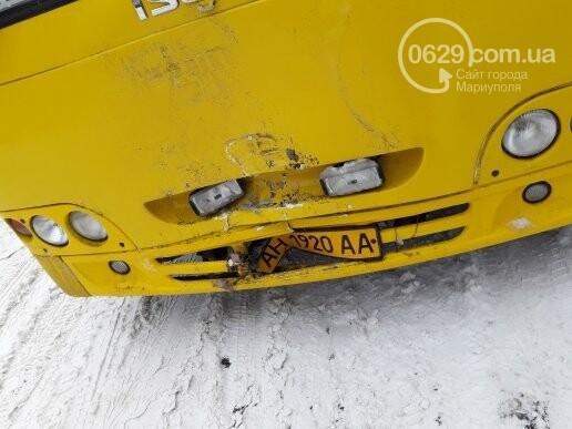 """В Мариуполе маршрутное такси въехало в """"Тойоту"""" (ФОТО), фото-4"""