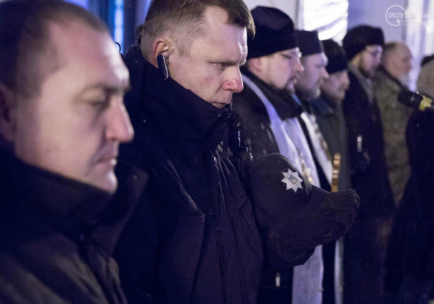 """На Театральной площади помолились о погибших на """"Восточном"""" (ФОТО, ВИДЕО), фото-2"""