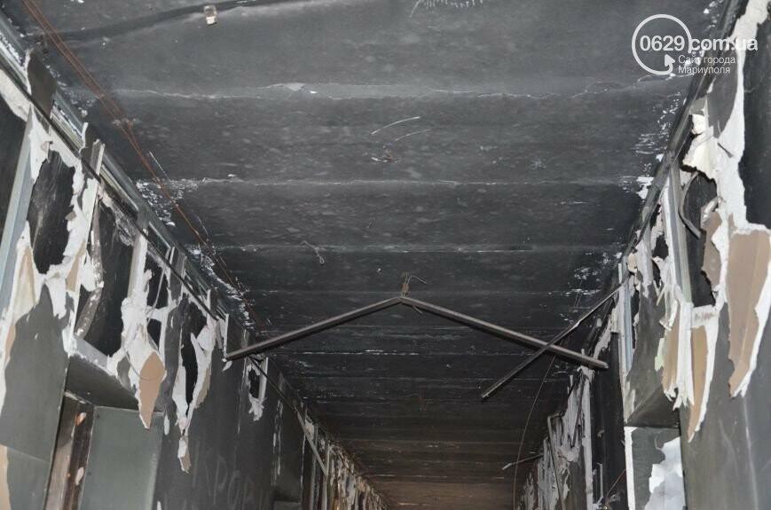 В Мариуполе стоимость ремонта сгоревшего здания горсовета завысили на миллион долларов, фото-4