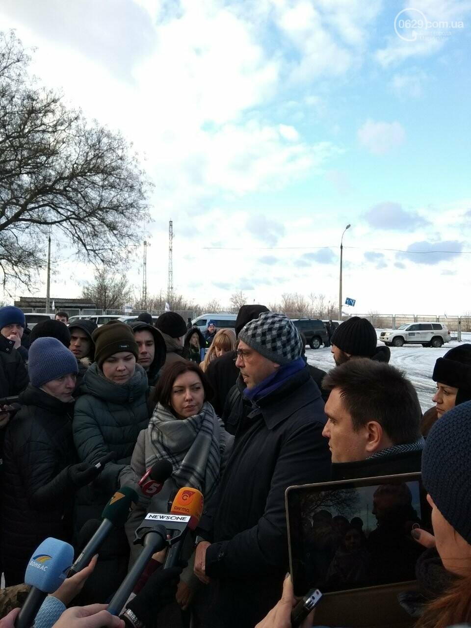 Председатель ОБСЕ Альфано в Мариуполе: жителям Донбасса выделят 2 млн евро гуманитарной помощи (ФОТО), фото-2