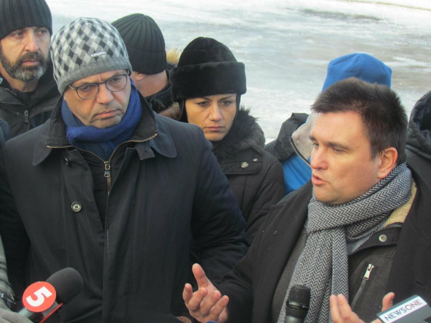 Председатель ОБСЕ Альфано в Мариуполе: жителям Донбасса выделят 2 млн евро гуманитарной помощи (ФОТО), фото-1
