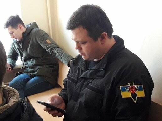 В Мариуполе суд оставил в СИЗО бывшего командира роты батальона ОУН Литвиненко (ФОТО), фото-4
