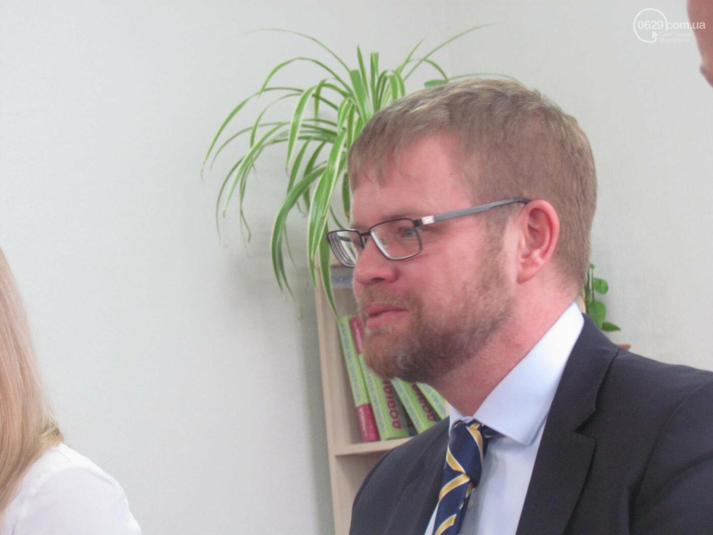 """Посол Швеции в Мариуполе: """"Для нас было важно увидеть город""""  (ФОТОРЕПОРТАЖ), фото-1"""
