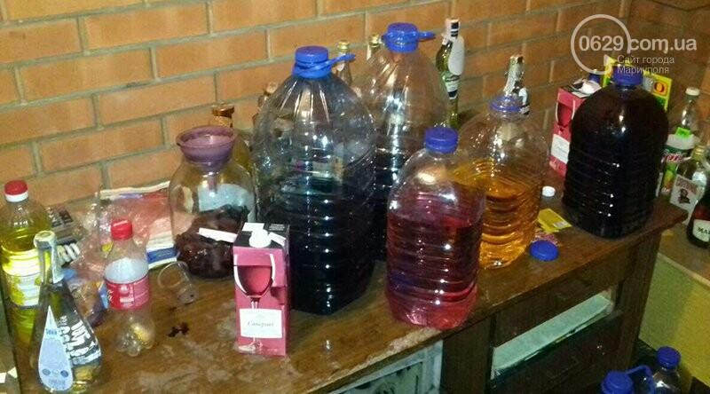 """В Мариуполе полицейские изъяли 80 литров самогона в """"Наливайко"""" (ФОТО), фото-2"""
