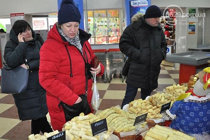 """Масленица в супермаркетах """"Яблочко"""":  покупателей угощают блинами с пылу с жару, фото-13"""