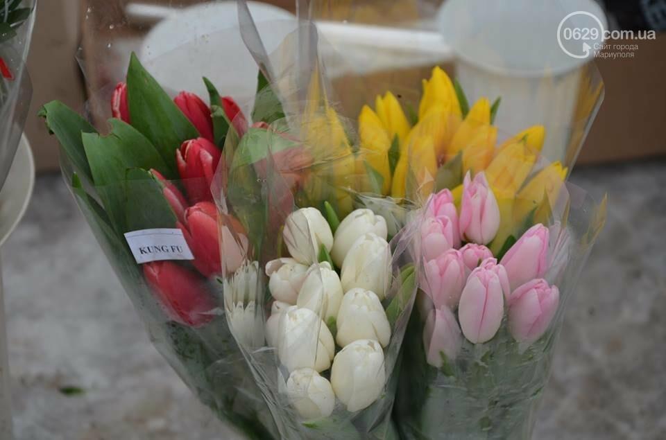 Розы и тюльпаны cтали самым ходовым товаром в Мариуполе (ФОТО+ВИДЕО), фото-4