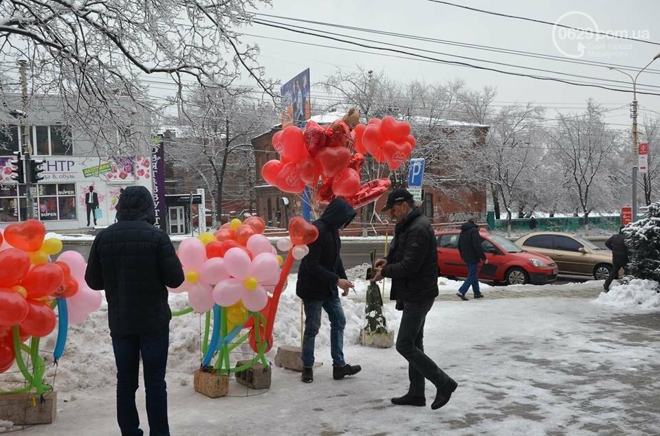 Розы и тюльпаны cтали самым ходовым товаром в Мариуполе (ФОТО+ВИДЕО), фото-2