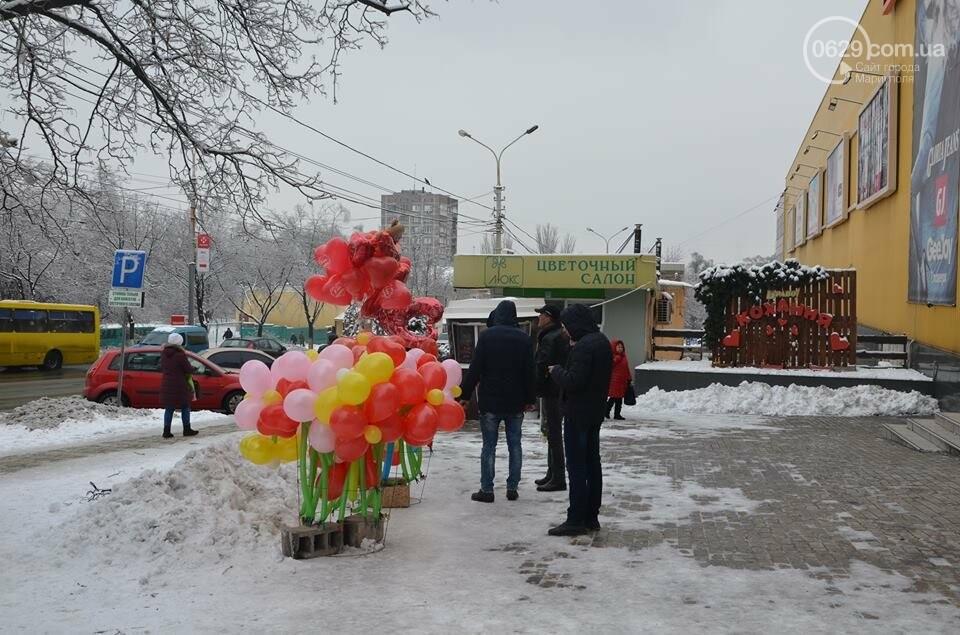 Розы и тюльпаны cтали самым ходовым товаром в Мариуполе (ФОТО+ВИДЕО), фото-3