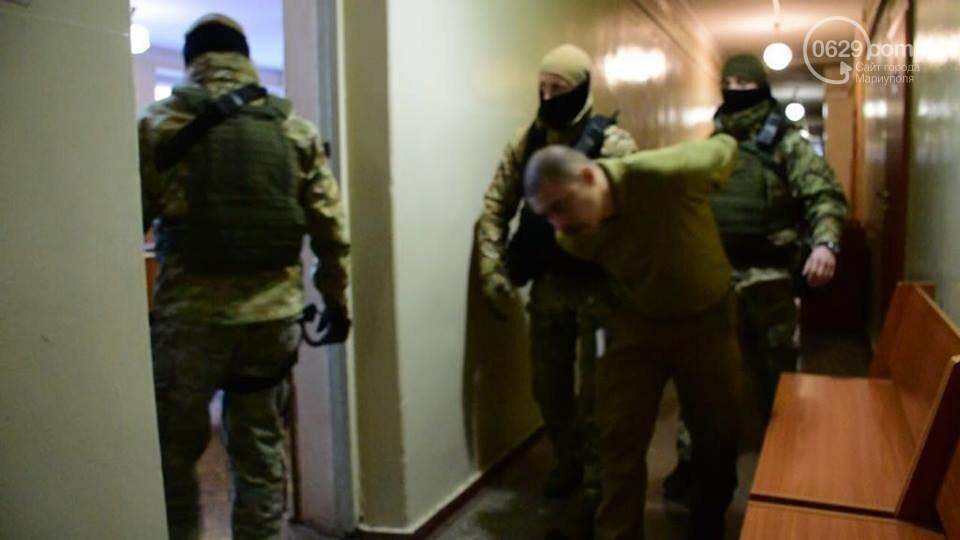 Обиняемых в убийстве семьи фермера из Великой Новоселки взяли под стражу( ФОТО, ВИДЕО), фото-1