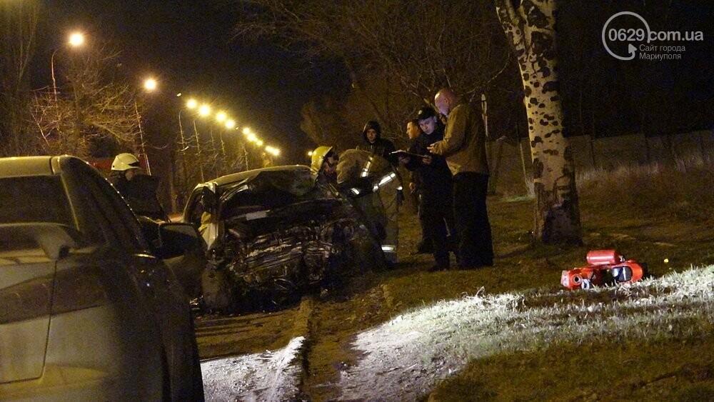 В жутком ДТП в Мариуполе погибли трое мужчин, женщина с ребенком в больнице (ФОТО 18+, ДОПОЛНЕНО), фото-16