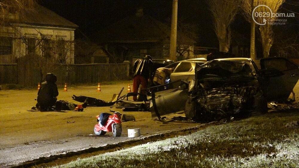 В жутком ДТП в Мариуполе погибли трое мужчин, женщина с ребенком в больнице (ФОТО 18+, ДОПОЛНЕНО), фото-7