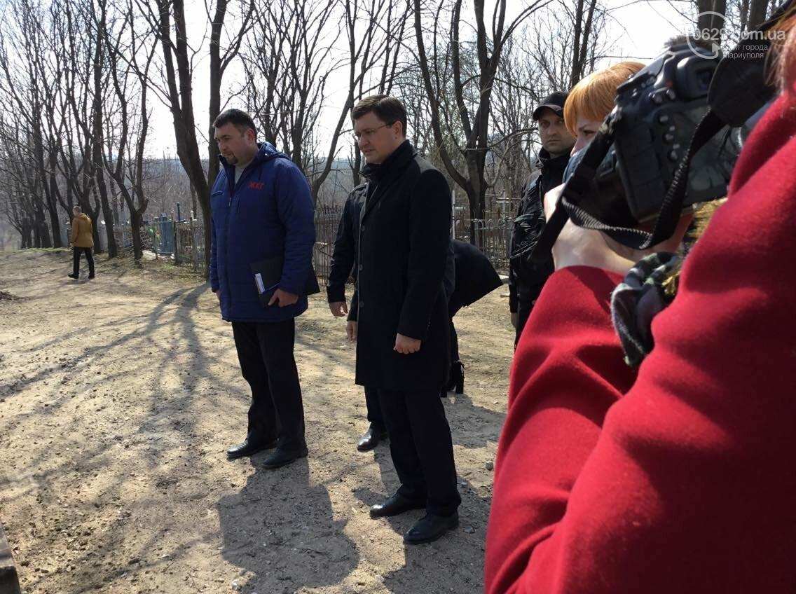Мэр  Бойченко  считает, что у  мариупольсих кладбищ должен быть частный хозяин (ФОТО, ВИДЕО), фото-13