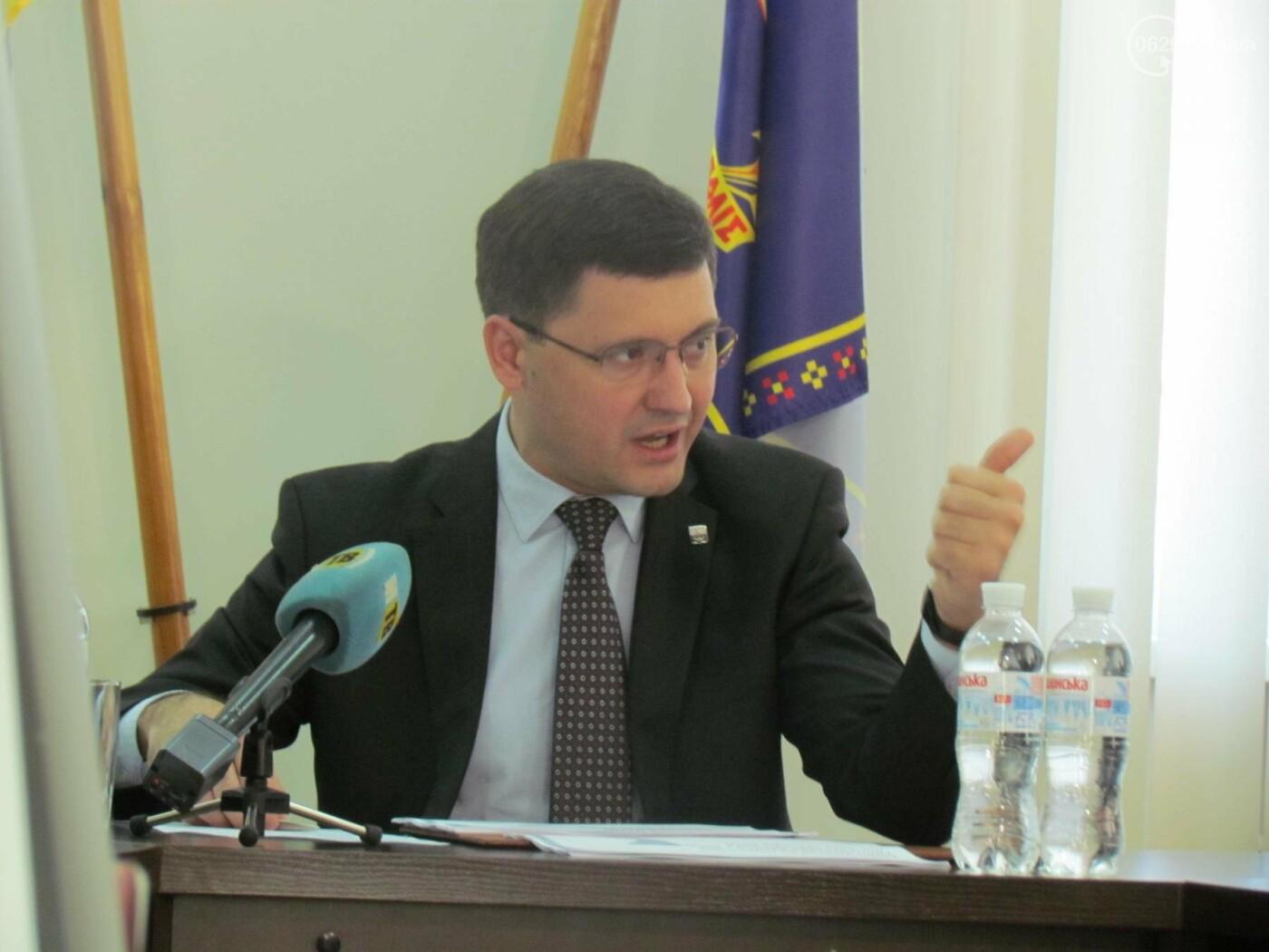 Бойченко пообещал, что к 240-летию Мариуполя город будет блестеть, фото-1