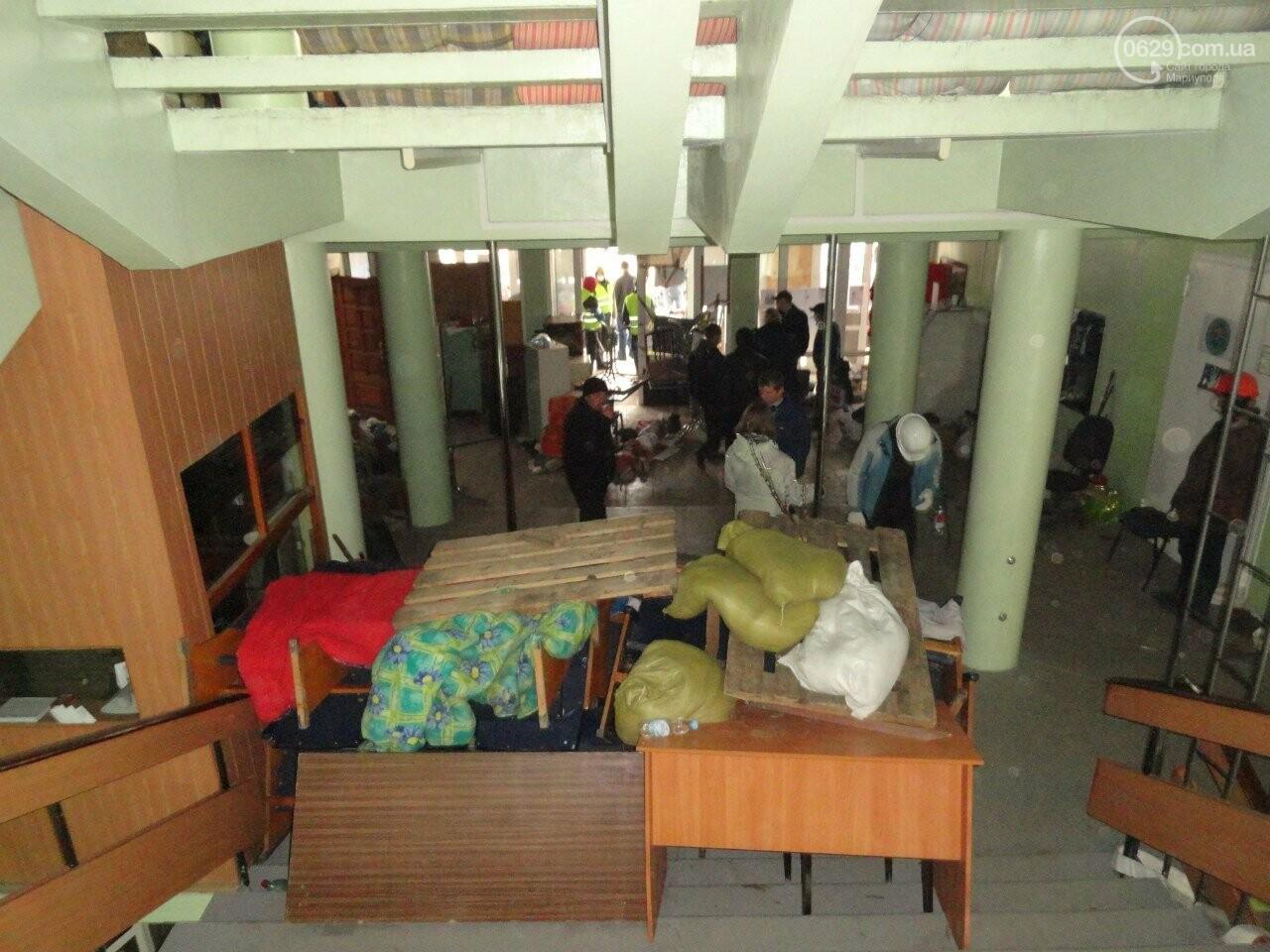 Годовщина захвата мариупольской мэрии: как это было (ФОТО), фото-4