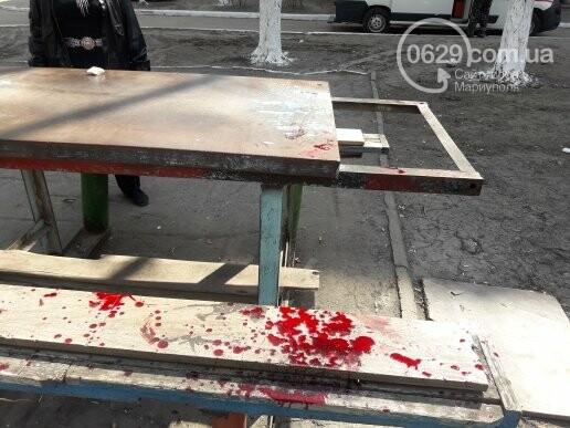В Мариуполе во дворе жилого дома ножом ранили пенсионера (ФОТО 18+, ДОПОЛНЕНО), фото-4
