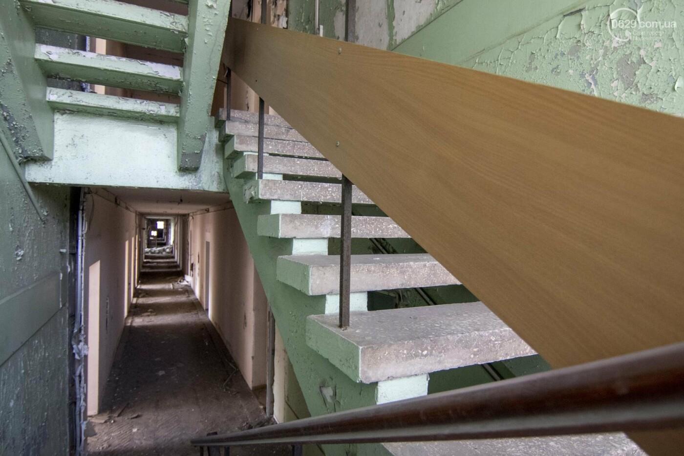 Что осталось от здания мариупольской мэрии, и когда его восстановят (ФОТОРЕПОРТАЖ с руин +ВИДЕО), фото-1