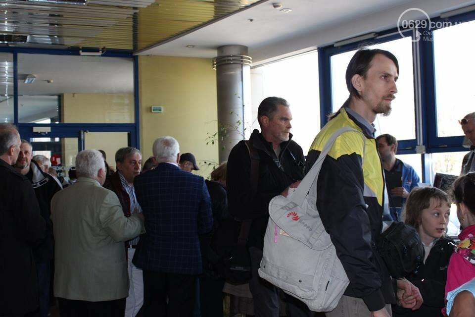"""В Мариуполе на """"Книжной толоке"""" издатели лично продают книги (ФОТО), фото-3"""