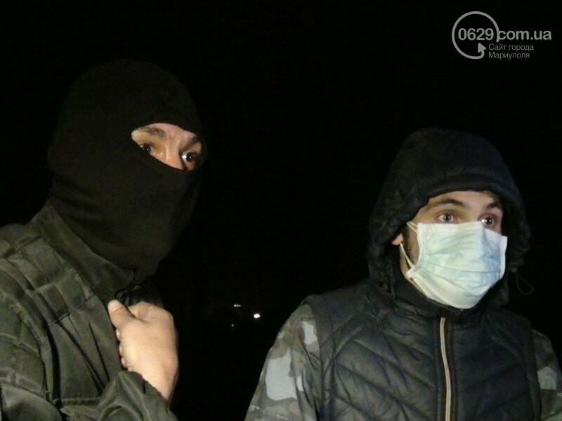 Оборона мариупольской в/ч 3057 от сепаратистов, горожане недовольны декоммунизацией и крестный ход. О чем писал 0629.com.ua 16 апреля, фото-10