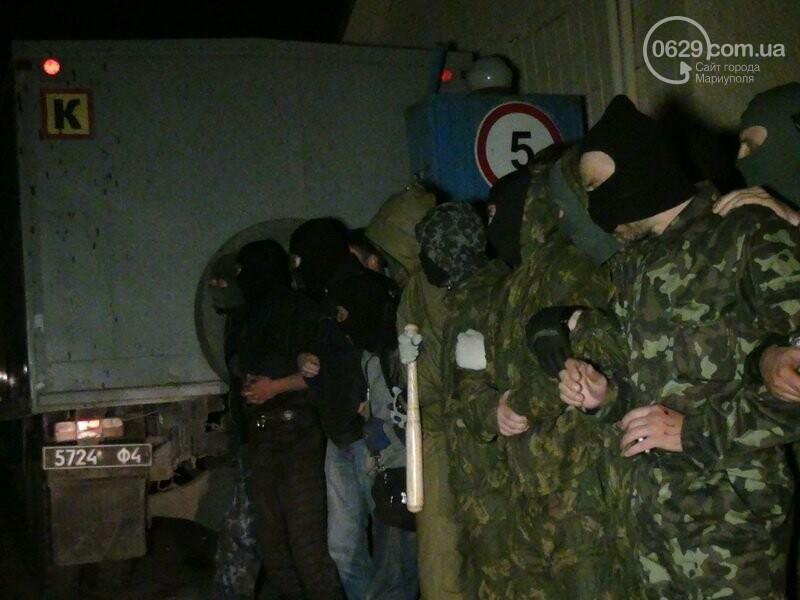 Оборона мариупольской в/ч 3057 от сепаратистов, горожане недовольны декоммунизацией и крестный ход. О чем писал 0629.com.ua 16 апреля, фото-22