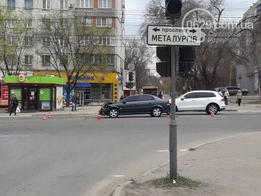 """В Мариуполе """"Опель"""" догнал """"Фольксваген"""" (ФОТО), фото-3"""