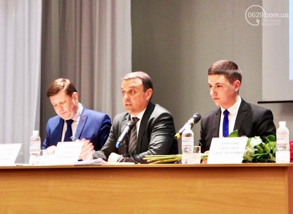 """Битва за место """"младшего"""" мэра, или Как в Мариуполе выбирали главу молодежного парламента (ФОТО+ВИДЕО), фото-1"""