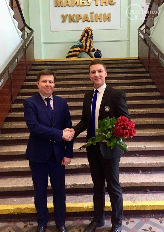 """Битва за место """"младшего"""" мэра, или Как в Мариуполе выбирали главу молодежного парламента (ФОТО+ВИДЕО), фото-6"""