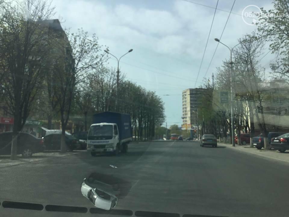 На дорогах в Мариуполе пропала двойная сплошная (ФОТО), фото-12