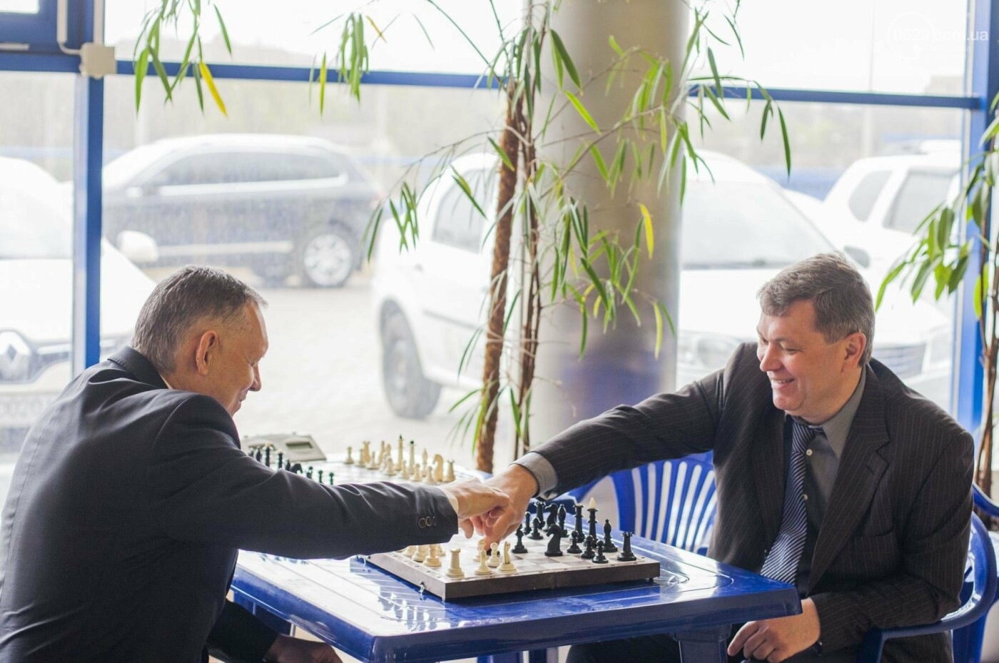 В Мариуполь съехались депутаты, чтобы поиграть в футбол и шашки (ФОТО+ВИДЕО), фото-4