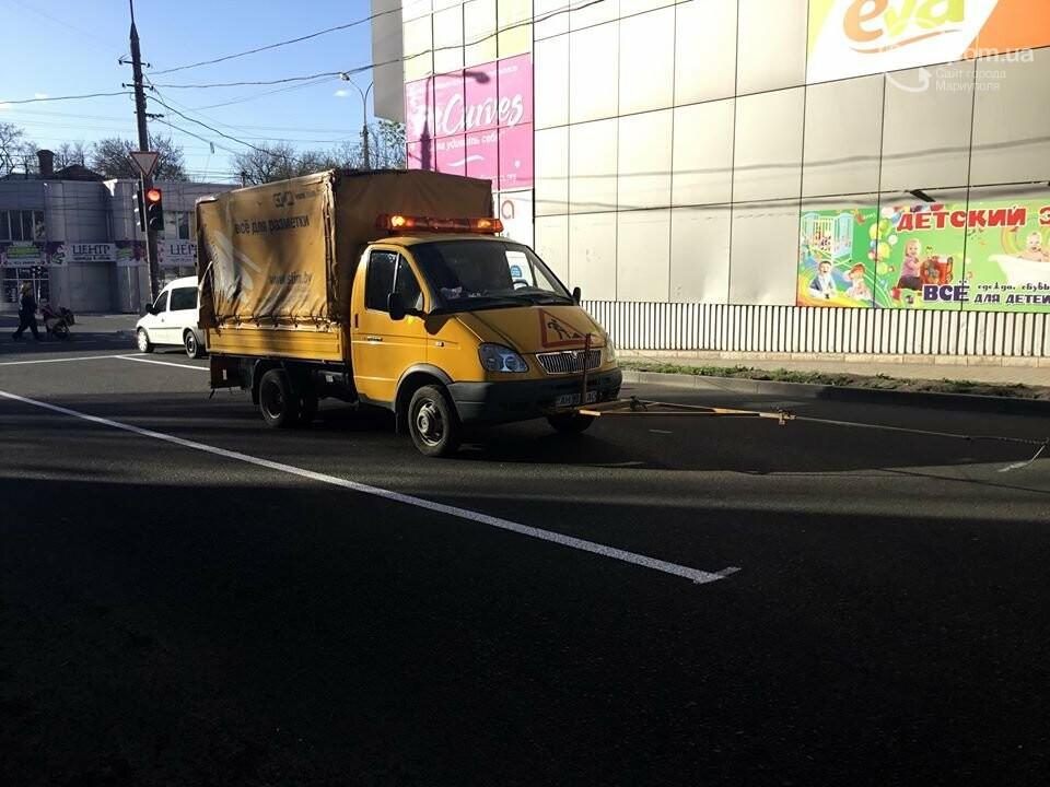 В Мариуполе замечен автомобиль, рисующий разметку (ФОТО+ВИДЕО), фото-3