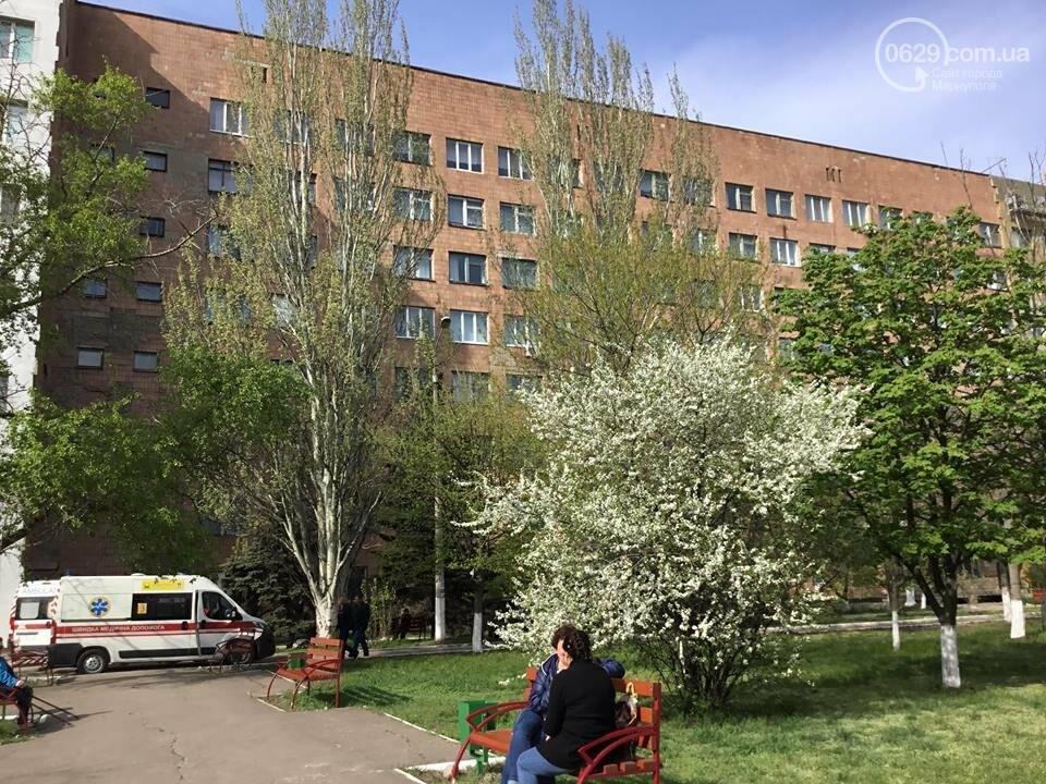 Прыгают из окон, умирают на полу. История самого пугающего больничного отделения в Мариуполе, фото-13