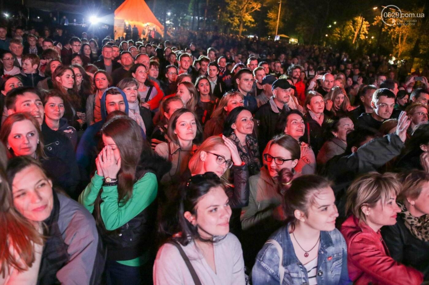 Концерт Dakh Daughters в Городском саду: фееричное открытие ГогольFesta в Мариуполе (ФОТОРЕПОРТАЖ, ВИДЕО), фото-17