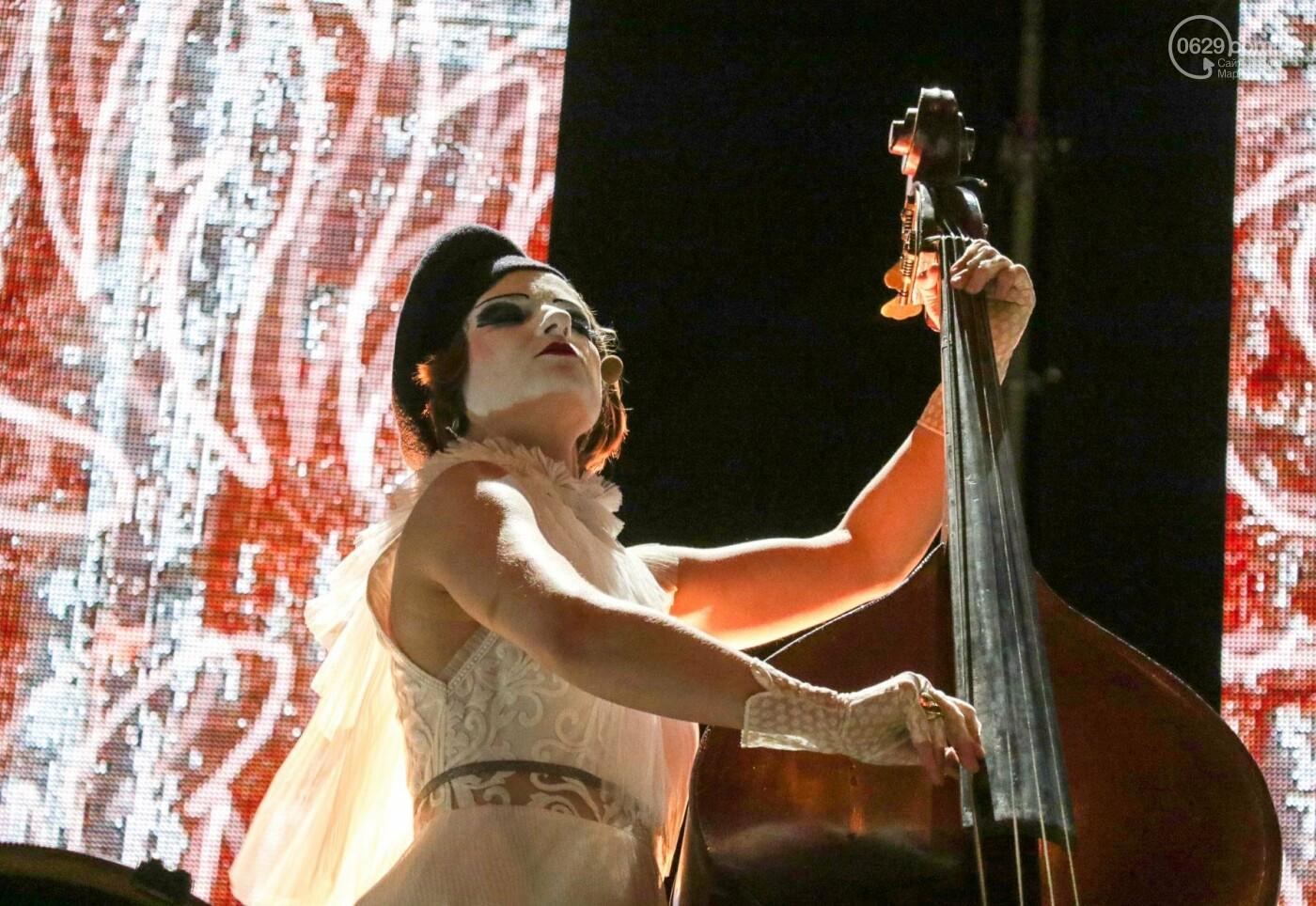 Концерт Dakh Daughters в Городском саду: фееричное открытие ГогольFesta в Мариуполе (ФОТОРЕПОРТАЖ, ВИДЕО), фото-2